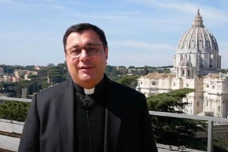 Rev. Mons. Prof.  Vincenzo Viva – Vescovo della Diocesi suburbicaria di Albano (Italia)